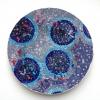 zonder titel (2013) vilt en ijzerdraad op keramiek, doorsnede 30 cm