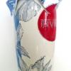 (uit de serie Hoofdzonden & Deugden) Invidia (logo-zijde) 2013, schildering op keramiek en geborduurde deksel, hoogte 55 cm (particuliere collectie)